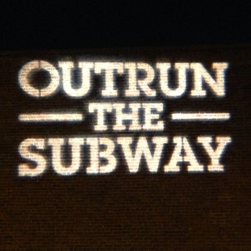 #OutrunTheSubway #DUMBO #NYRR (at NYRR Brooklyn Half Pre-Party)