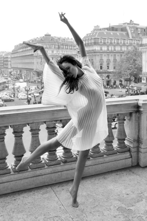 Balcony Dance by endegor Grand Opera, Paris // sadefinds:colt-rane