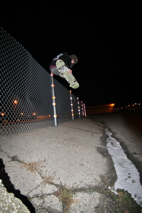 fence jammin in the cold