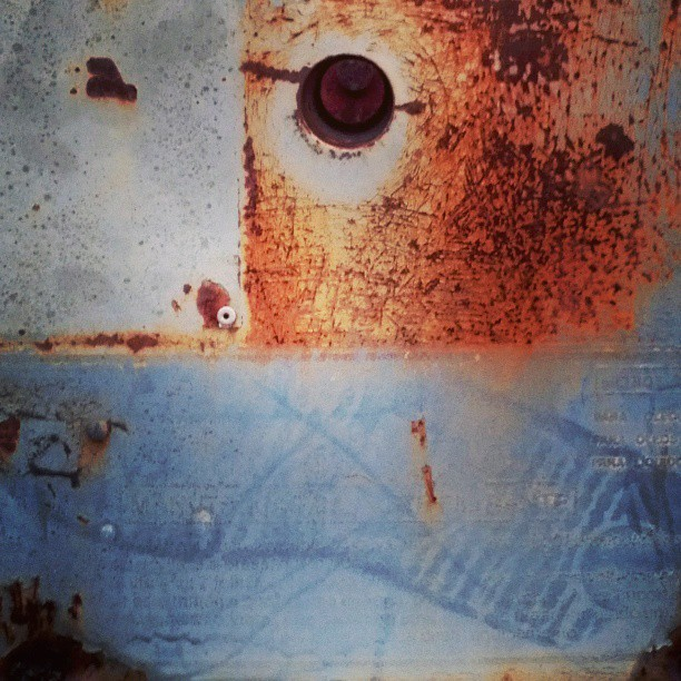 #texture #rust #rustneversleeps #iron #equiment #machinery #old #used #worn #decay #derelict #abandoned