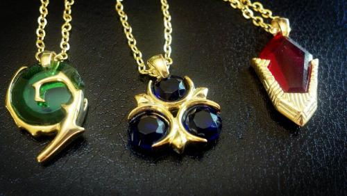 sanshee:  Next prototype of our upcoming spiritual stone necklaces. Photo taken with my not-so-high-quality smart phone.  The forest stone is a little chipped, but otherwise, I think they came out…golden. When they do come out, they'll be available at sanshee.com !!!