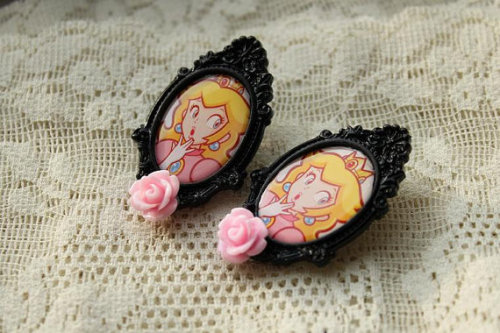 pastelbmob:  Peach Cameo Earrings SALE: $12
