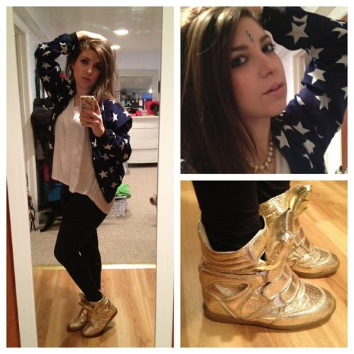 What I wore… #sneakerwedges #gold #america #stars #forever21 #bindi #motd #ootd #lotd #spikes #jewels #fashion #style #outfit #blueeyes #brunette #swag #girlswithtattoos #li #longisland #ny #nofilter #selfie #igers #igdaily #culture