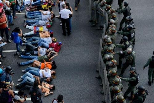 littleredridingglare:  starsglowforyou:  This is what's happening on Venezuela right now. Please reblog to spread the word. We had a fraud on the presidential elections. People are getting killed for defending their rights. I know what happened in Boston is extremely horrible too and I am really sorry about that but maybe you can help us too. Please guys reblog this so the whole world can know the truth!  I am putting this on various tags so more people will see it. I know this has nothing to do with Owl City or One Direction or whatever but please we NEED your help  Yo I'm gonna be honest my friend from Venezuela is literally outside with a shotgun right now protecting her food because of the riots. Her friends got shot and it's dangerous to go outside right now. I'm not saying one problem is worse than the other, but people should know about this as well.