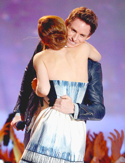 Emma Watson & Eddie Redmayne | 2013 MTV Movie Awards [April 14,2013]