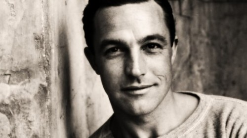 sleepinmysoulkitchen:  gene kelly is a sex god