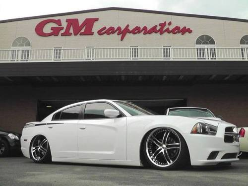 XIX X15s on a slammed Charger