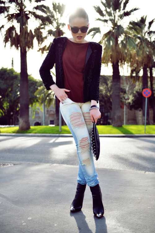 what-do-i-wear:  SHOES : Zara PANTS / BLAZER / SUNNIES : Mango CLUTCH : B-Low The Belt TOP : Windsorstore FAUX FUR JACKET : Kookai SCARF : A La Russe (image: kayture)