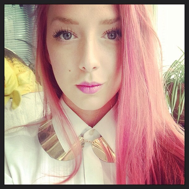 Pink-haired fairy @kadele9 wears Countessa Fluorescent blotted for daytime. ☀ #limecrime #fanfriday