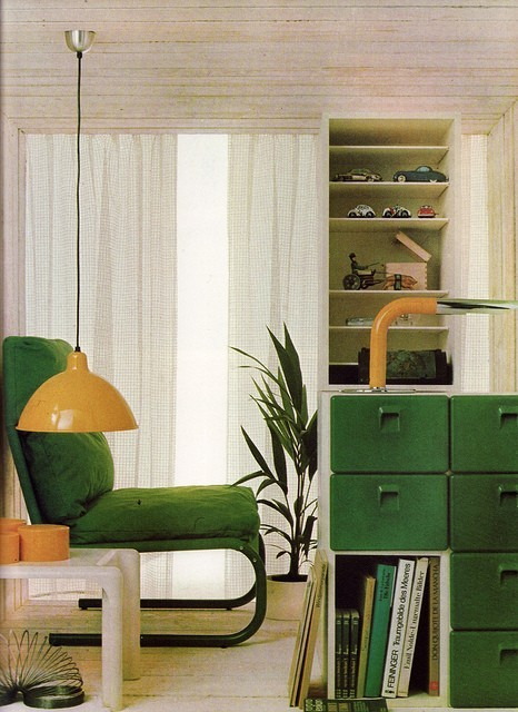 superseventies:  1970s living room design in green and yellow.