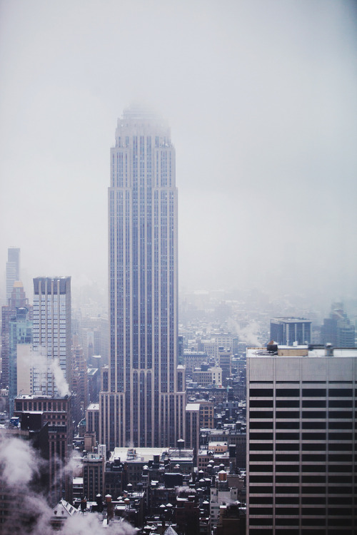 nichvlas:  Cloudy view. (by Moeys Photography)