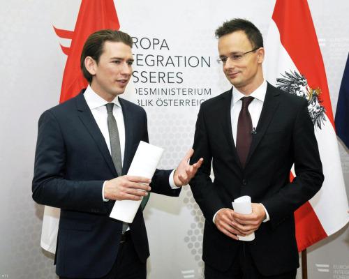 Az 28 éves osztrák és a 36 éves magyar külügyminiszter