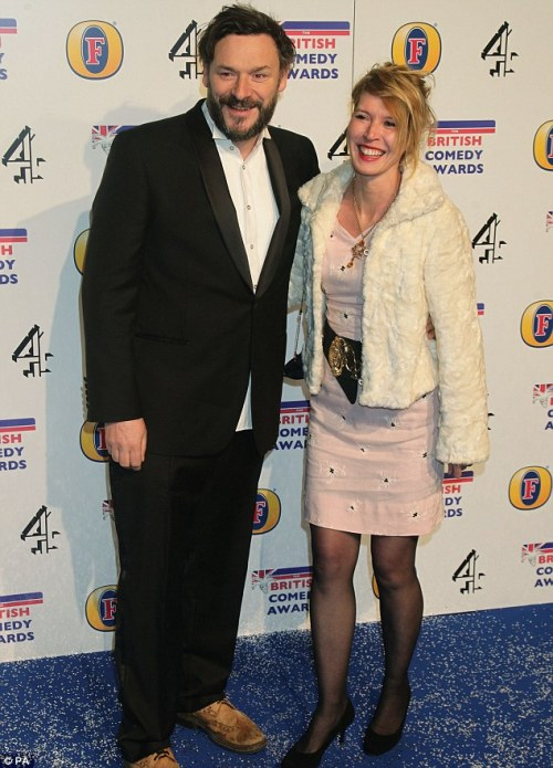 idigamine:  captain-cabinets:  British Comedy Awards 2012  Winner of Best Looking Couple Award