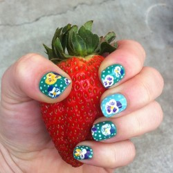 Whoah! Now that's a strawberry! #nailart #strawberry