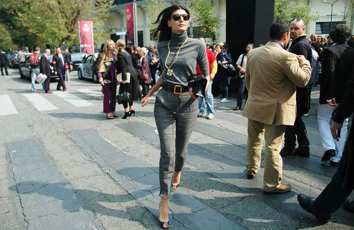mme-edna:  Giovanna Battaglia on the street of Milan