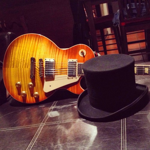#gibson #lespaul #slash #tophat #hat #guitar #fan #icon 🎸🎩
