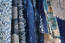 wgsn:  Traditional Japanese indigo textiles. We're in indigo heaven at Toji Temple flea market, Kyoto!