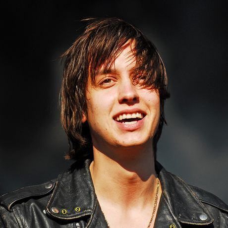 misguidedlove:  Julian Casablancas is a total babe.