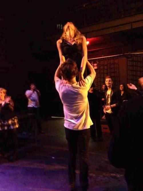 "cheatsheet:  thispopculture:  teendotcom:  Harry Styles and Taylor Swift try and do the 'Dirty Dancing' lift!  How are we feeling about the Harry/Taylor thing, followers?  ""So, what's your big move?""  SHE IS LIVING IN A DREAM."