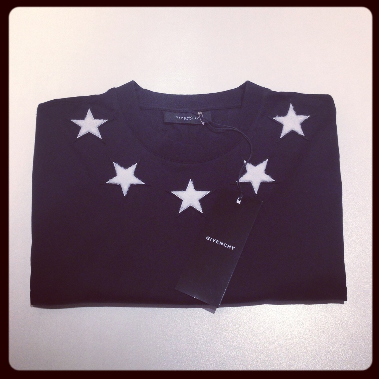 Our Sunday fix? Givenchy's star T-shirt. SHOP at: mr-p.co/fExXoK