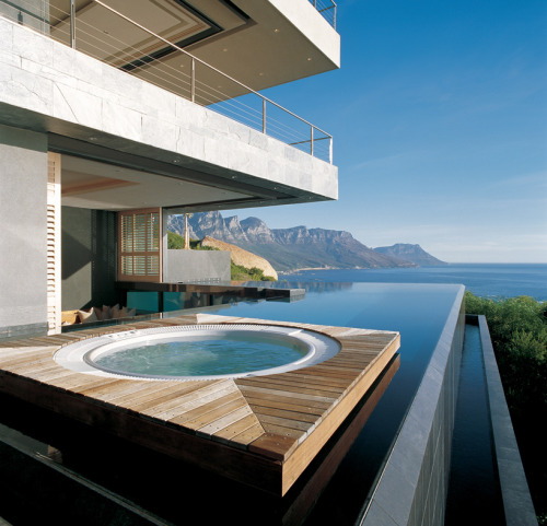 dendrites:  St Leon 10 Residence; Capetown, South Africa - SAOTA (via designboom)  Looking forward to get home in this paradise.