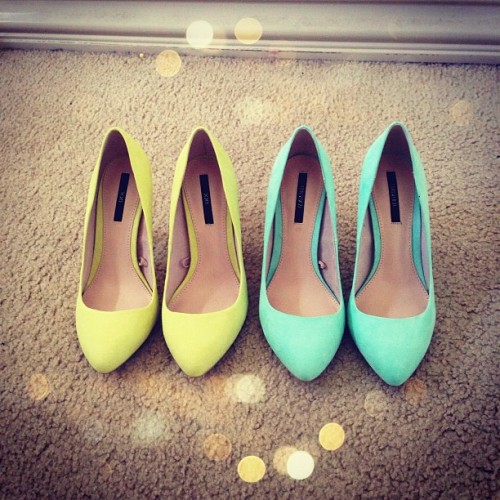 New heels! I'm in love 😍😍😍 #heels #mint #tiffanyblue #lime instagram: @jennyyvu