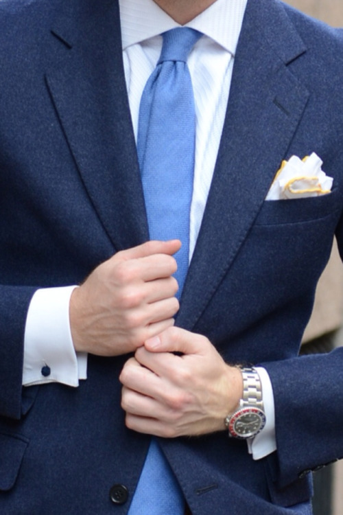 jameswaldgrave:  Details  What a fantastic shade of blue!