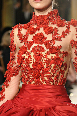 girlannachronism:  Marchesa fall 2012 rtw details