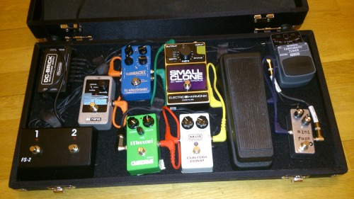 Mini Fuzz on a pedalboard from a customer in the Netherlands!Looks like a lot of fun.