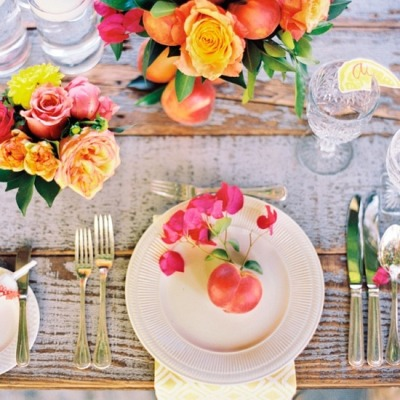 allthingsgirlyandbeautiful:  Bright and beautiful table via Martha Stewart