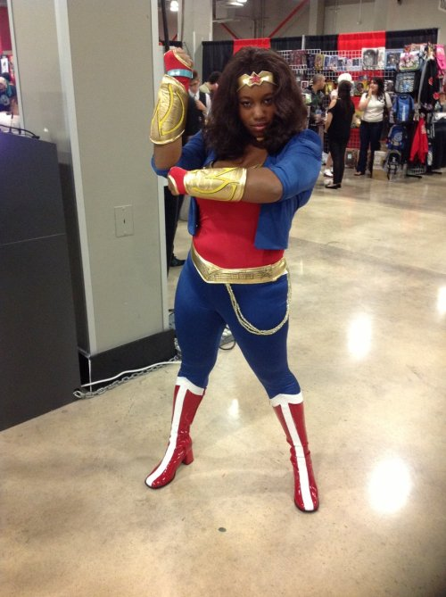 effyeahplussizecosplay:  Wonder Woman by *redflamekitty44