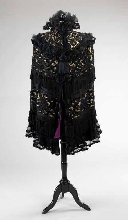 Abraham & Straus mourning cape, 185-1900 From the Metropolitan Museum of Art