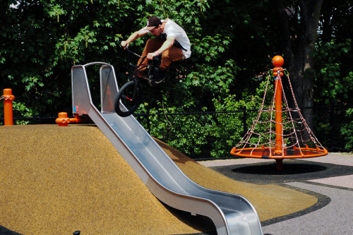 ataddifferent:  JD with a hop over the slide.