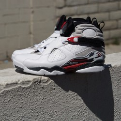 kicksla:  Jordan's dropping this Saturday! Join our email list at www.kspla.com to stay in the loop of all releases from @kicksla #airjordan #kicksla #kickssoleprovider (at Kicks Sole Provider)