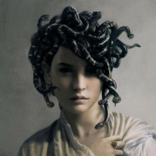gaksdesigns:  Young Medusa by jsimeth