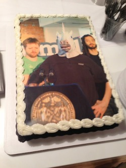 haseman:  strle:  Great cake or greatest cake?!?  Oh god… Its my face on a cake…  It's also my 'face', I'm the man behind the mask.