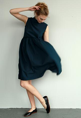 jilllauck:  raw waist dress by Pip-Squeak Chapeau
