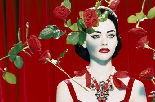 "miucciapet:  Sasha Pivovarova in ""Diva"" photographed by Miles Aldridge for Numéro September 2005"