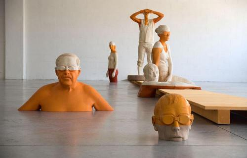 myampgoesto11:  Wooden sculptures by Willy Verginer