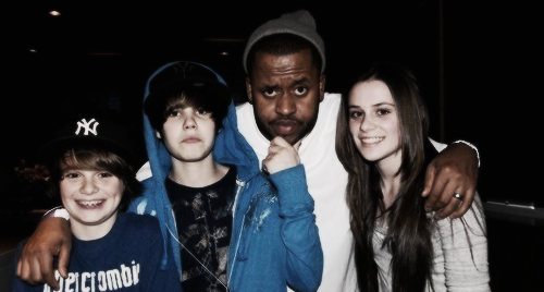 1k justin bieber *** ryan butler CAITLIN BEADLES Christian Beadles usher Kenny Hamilton personal pictures