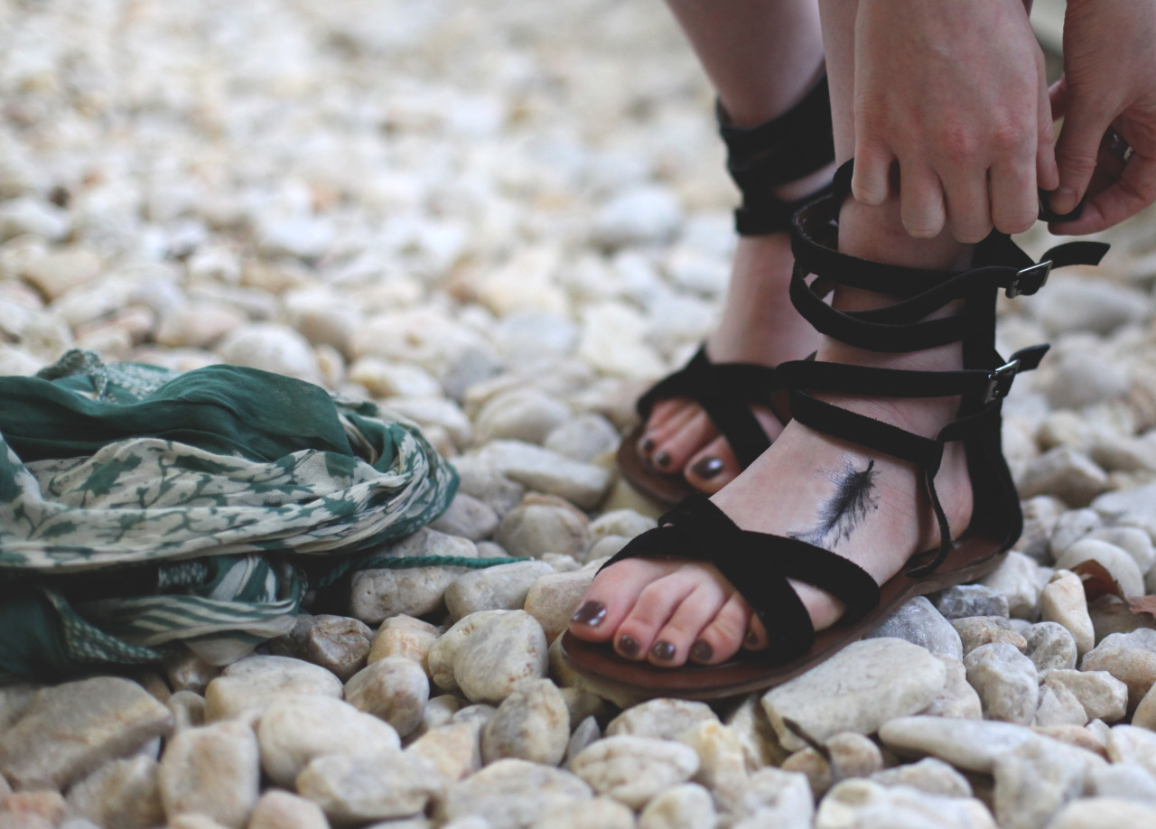 knowwhenitsadream:  Sandals, March 2013