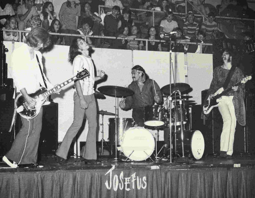 Josefus - Hard rock in 1970 http://www.youtube.com/watch?v=prMpL4Vi7kU