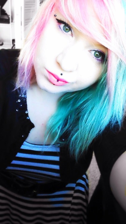 """Pastel pink and blue! :)"" Pretty, thanks for sharing!"