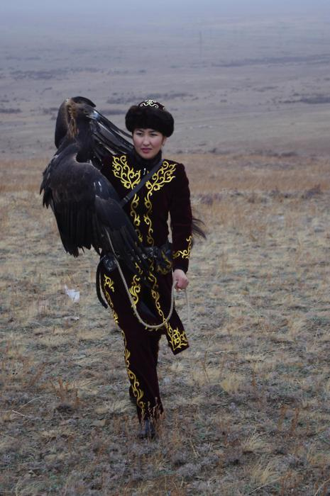 Makpal Abdrazakova, the only female eagle hunter in Kazakhstan.  I would like to be this spectacular one day