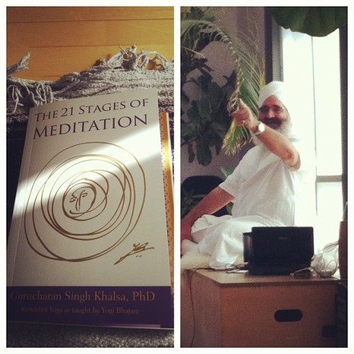 Austin again! 🙏✌With this one. #gurucharan #21stagesofmeditation #yogayoga #kundaliniyoga