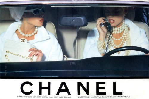 fashiontechsavvy:  Throwback Thursday, CHANEL fashion tech glamour in the car. 90s supermodels Linda Evangelista and Christy Turlington working it.
