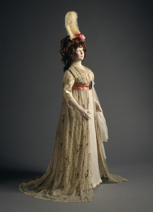 beyondthegoblincity:  Woman's Dress; England, circa 1790-1795 (via LACMA| Collections Online)