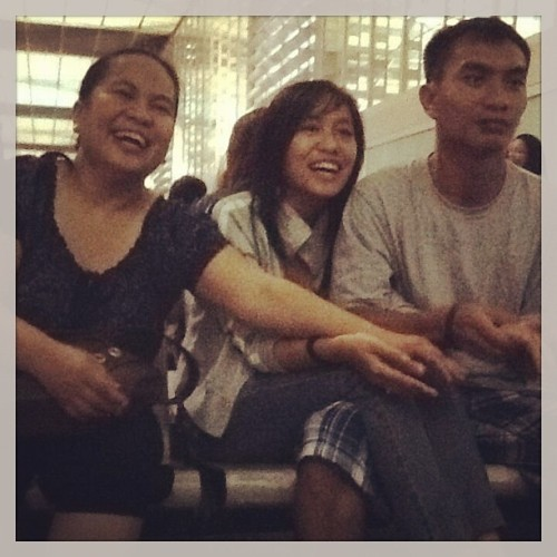 The siblings lol #throwback #airport #familia