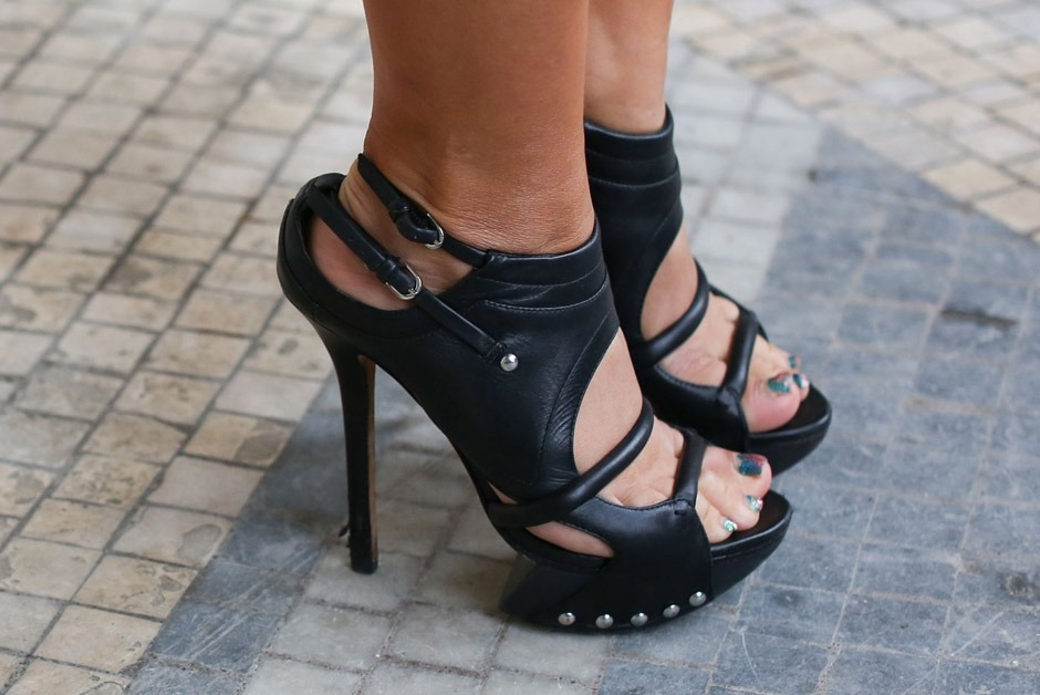 beautylee7:  black heels