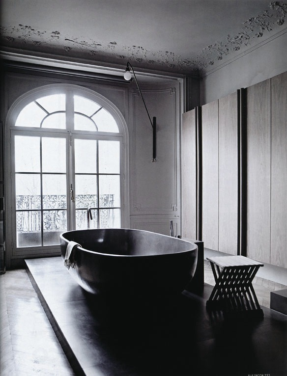 cjwho:  Bathroom photographed by Sisters Agency for Elle Decor Italia.